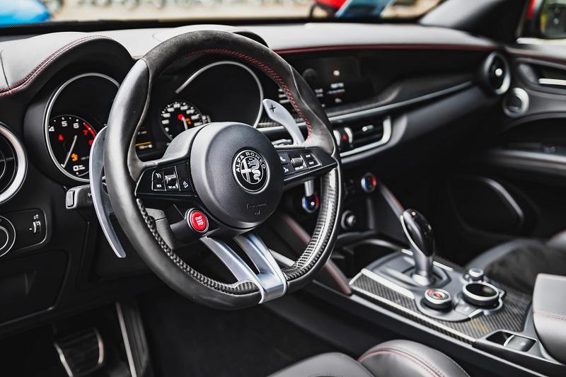 Servo volan u autu omogući nam jednostavno upravljanje